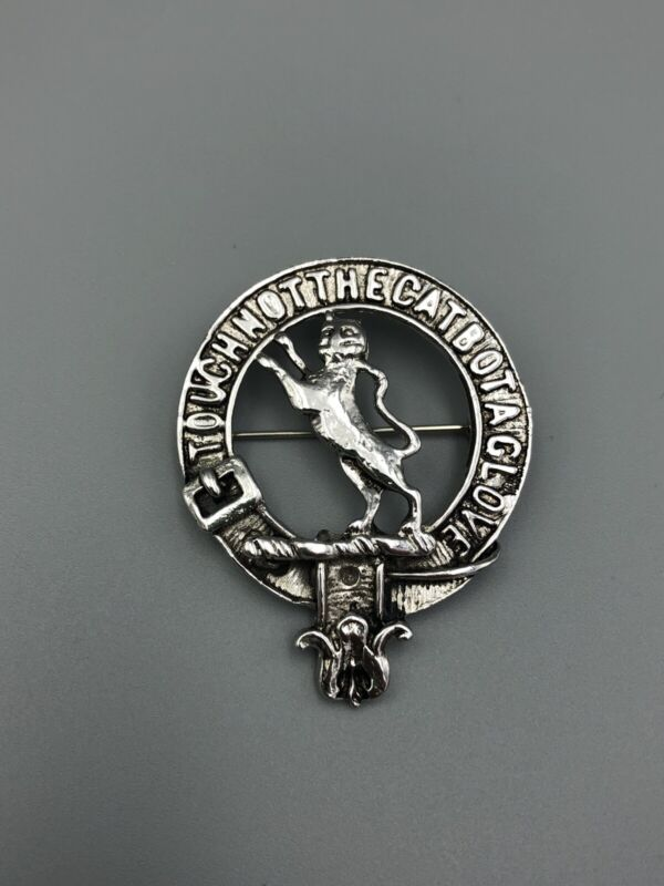 Vintage Scottish Badge Clan Macpherson Touch Not The Cat Bot A Glove Brooch Pin