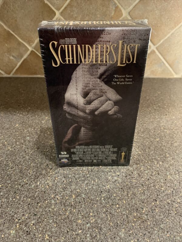 Schindlers List New Sealed (VHS, 1997, 2-Tape Set)