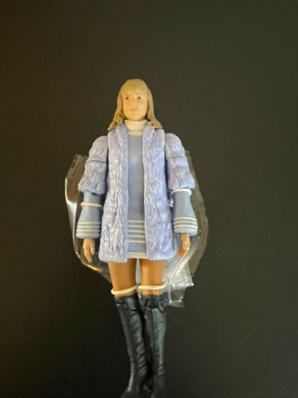 Doctor Who The Three Doctors Collectors Set Jo Grant Figure swappable Arms