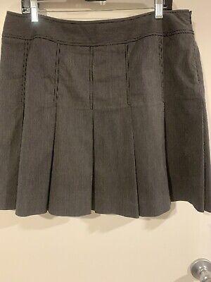 City DKNY Black w/Lt Grey Pinstripes Pleated Short Skirt  Sz 14  EUC
