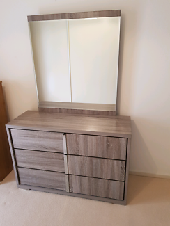 Dressingtable with mirror price drop