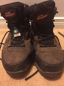 Men's size 7 steel toe boots