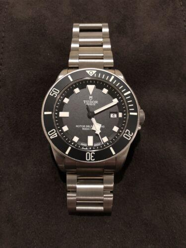 Tudor Pelagos Titanium Black Divers Watch Model 25500TN – Worn Under 10 times - watch picture 1