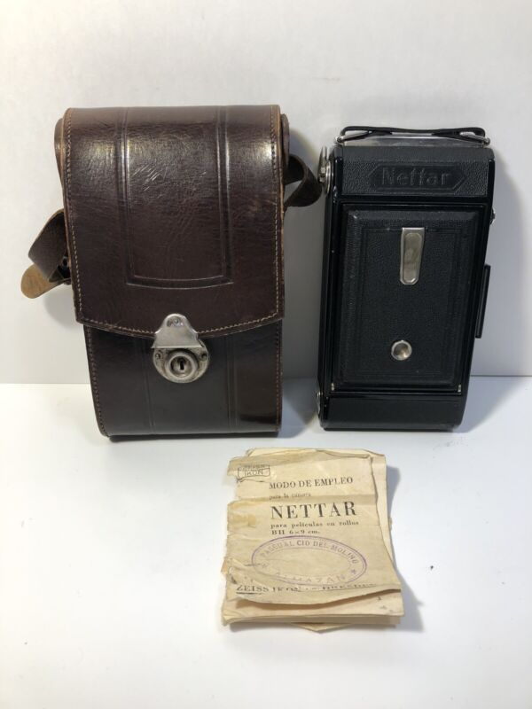 ZEISS-IKON NETTAR 515/2 Folding Camera with Leather Case & Manual UNTESTED