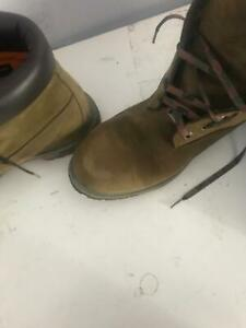 Timberland shoes ( Army version) Pristine condition