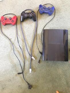 PlayStation 3 super slim console 500gb + games