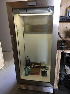 Frigidaire Commercial bar fridge
