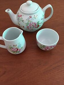 Shabby Chic  Porcelain Tea Set