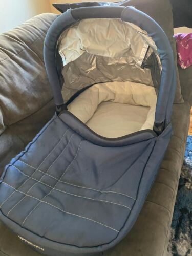 REDUCED!!!! UppaBaby Vista Bassinet WITH ACCESSORIES (Color: BLUE) -