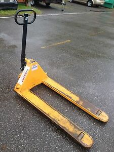 Heavy Duty Pallet Hand Fork Lift $250.