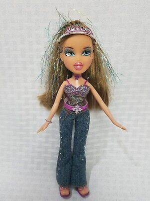 BRATZ Yasmin 2003 New Yearz Celebration Doll with ORIGINAL Clothing