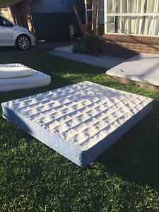 Free bed Berkeley Vale Wyong Area Preview