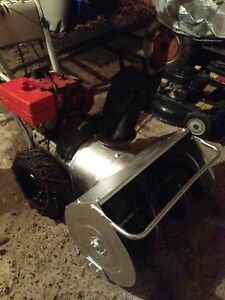 """Good as new Craftsman 8hp 26"""" snowblower- free delivery"""
