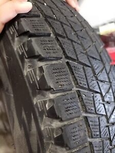 "235/7017 Bridgestone Blizzak winter tires with 17"" rims"
