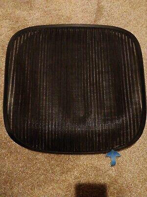 Herman Miller Aeron Chair Seat Mesh Black Pellicle W Blemish Size B Medium 116