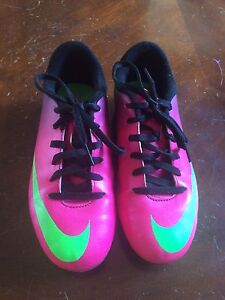 Soccer cleats youth size 2
