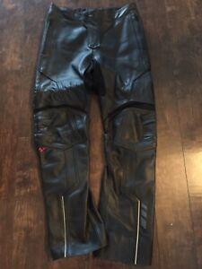 Pantalon moto cuir Can-Am Spyder