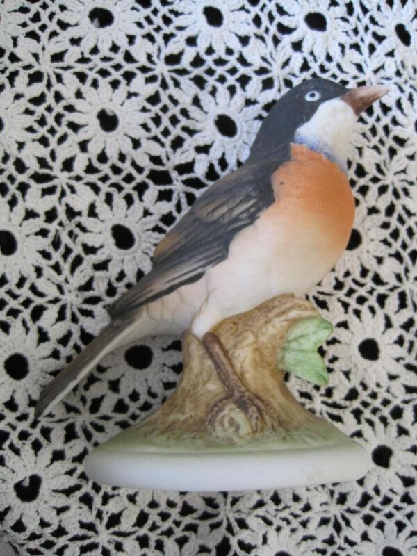 "Lefton Robin Bird Hand Painted 4.5"" Japan"