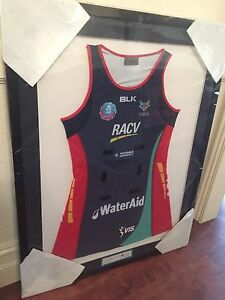 2016 signed Vixens Netball Dress Essendon Moonee Valley Preview