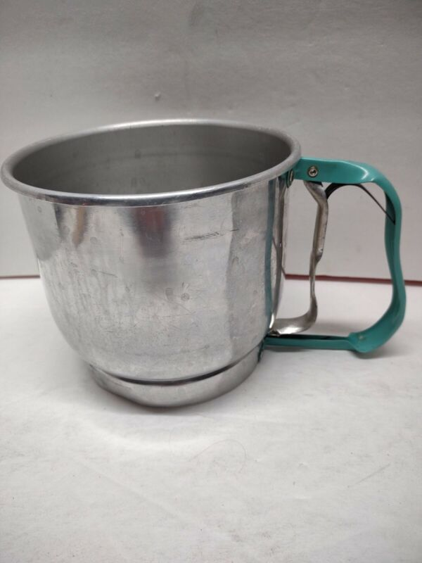 Vintage Foley Turquoise 5 Cup Flour Sifter U.S.A.