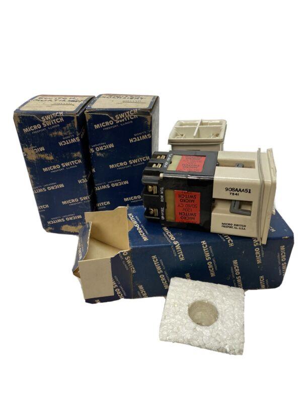 4 PC LOT, NOS 908AAA51 Honeywell Micro Switch CMC Series Indicator