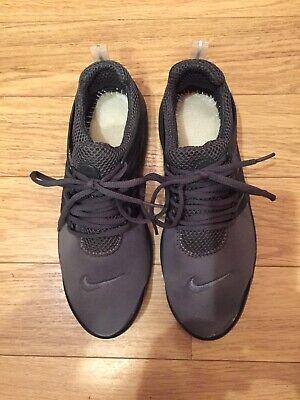mens nike presto trainers size 7.5 Grey