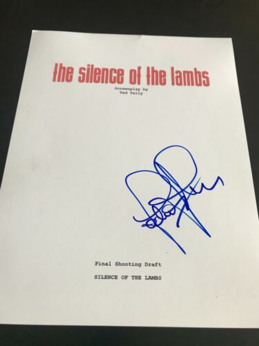 JODIE FOSTER SIGNED AUTOGRAPH MOVIE SCRIPT SILENCE OF THE LAMBS COA AUTO RARE X4