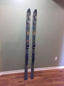 Men's 185cm downhill skis. Great shape