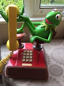 Kermit collector phone and stuffed Kermit