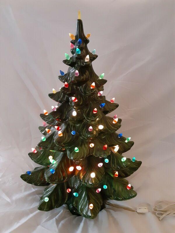 Vintage 1974 Ceramic Christmas Tree w/Base Atlantic Mold Lights