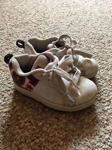 Boys DC Runners Size 11