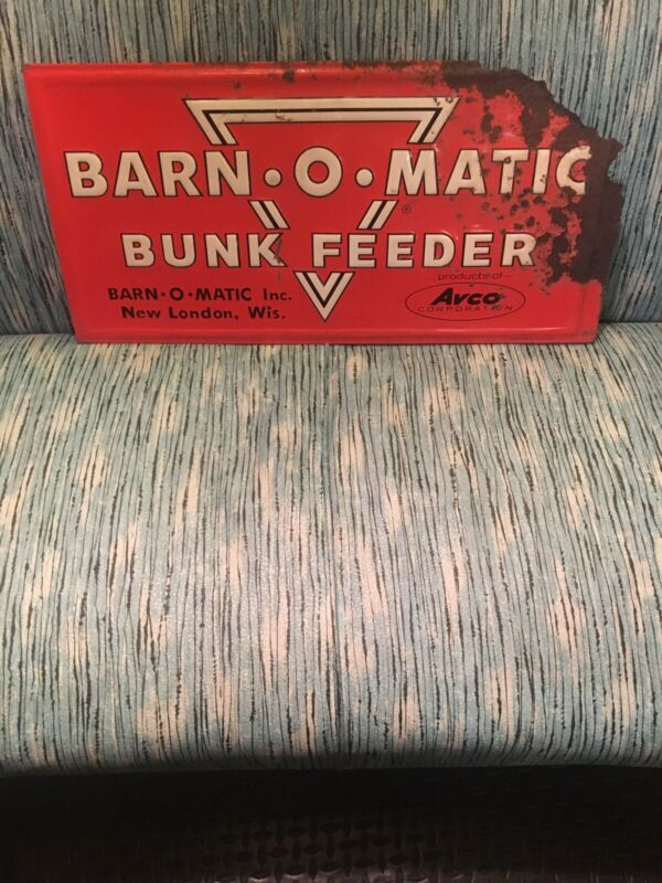 Vintage Barn - O - Matic Feed Sign