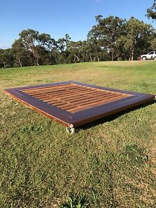 Queen size bed frame East Kurrajong Hawkesbury Area Preview