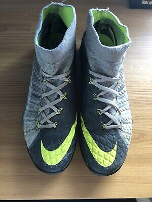 Nike Hypervenom Phantom III FG Air Max Revolution Pack  - UK 6 (Asto Turf)