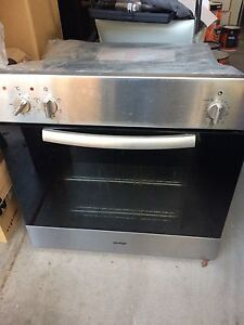 Omega electric oven 60cm Avondale Heights Moonee Valley Preview