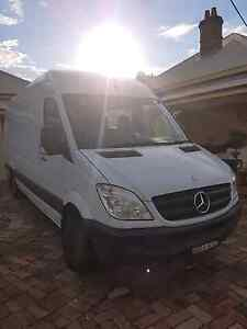 Man with a 2t van will cover any suburb Kellyville The Hills District Preview