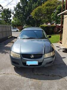 Holden Commodore   LOW KMs  Price neogitable