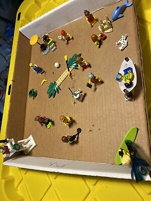 LEGO LOOSE Lot Of 13 People 1 Dog Beach Set. What You See Is What You Get FUN