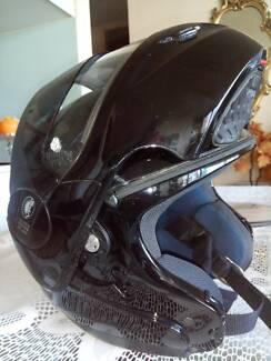N102 Nolans Classic NCOM flip face helmet Melbourne CBD Melbourne City Preview