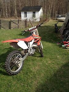 2003 cr 125r rebuilt new tires new breaks