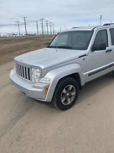 2008 JEEP LIBERTY 4x4 PERFECT CONDITION