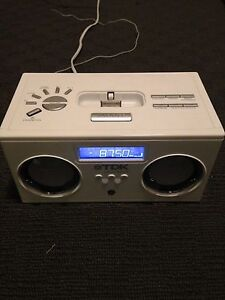 TDK Alarm Clock and iPhone/iPod dock. Excellent condition. Glenroy Albury Area Preview