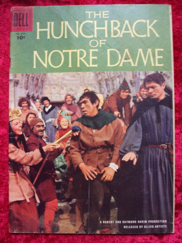 FOUR COLOR #854 THE HUNCHBACK OF NOTRE DAME MOVIE COMIC FAMOUS MONSTER