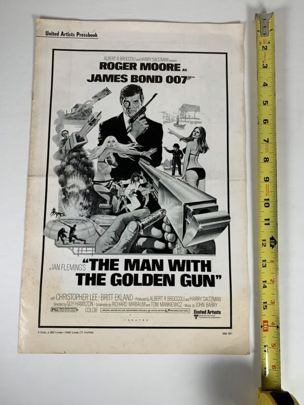 The Man with the Golden Gun Pressbook 1975 Roger Moore, Christopher Lee
