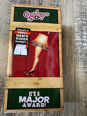 A Christmas Story-It's a Major Award Men's Boxer and Decorative Tin Set NEW!