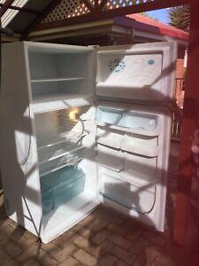Westinghouse Fridge / Freezer