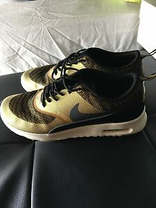 Nike gold and black trainers uk 6 Arncliffe Rockdale Area Preview