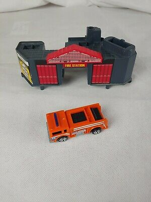 Vintage Hot Wheels Ultimate Garage Shark Escape Fire Station Parts + Truck