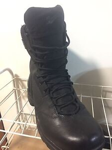 """Danner Kinetic 8"""" GTX tactical boots size 11"""