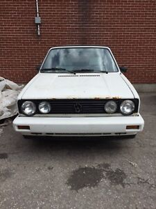 1988 VW  Cabriolet convertible for parts. 514-952-7756